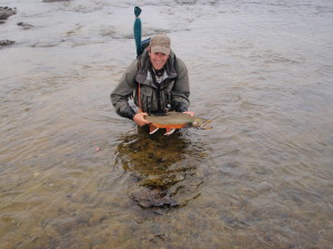 Alaska fly fishing lodge with Angler's Alibi Alaska fly-out fishing
